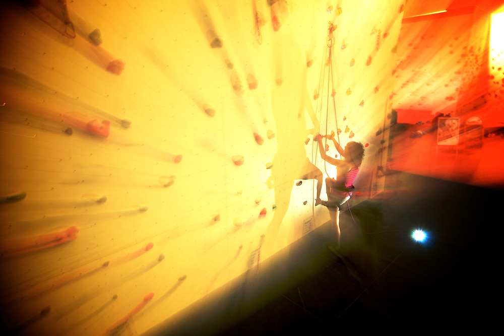 Itsaso Basozabal posing for a photo shoot in Cardiff's indoor gymn, Boulders.