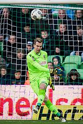 goalkeeper Jeroen Houwen of Vitesse during the Dutch Eredivisie match between FC Groningen and Vitesse Arnhem at Noordlease stadium on November 19, 2017 in Groningen, The Netherlands