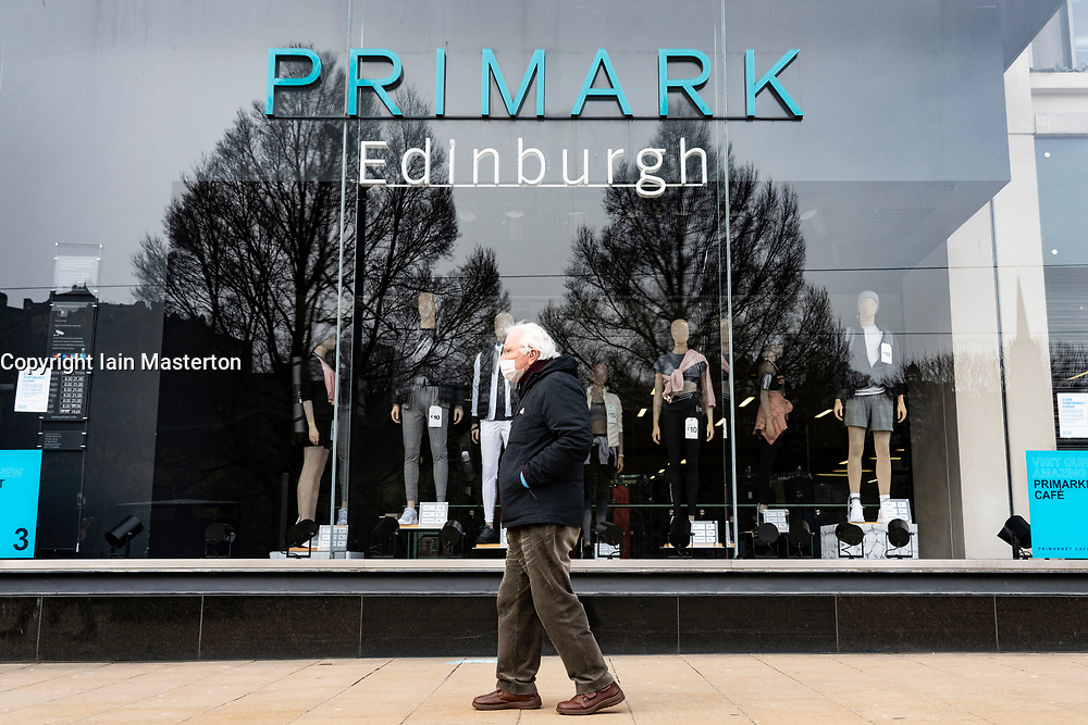 Edinburgh, Scotland, UK. 24 Feb 2021. As the UK and Scottish Governments outline rough timelines to ease the current lockdown , retailers and businesses remain close in UK city centres. Normally busy Princes Street remains eerily deserted with virtually all shops closed. Iain Masterton/Alamy Live News
