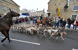 © Licensed to London News Pictures. 27/12/2010. Chipping Norton, Oxfordshire. Heythrop Hunt Boxing Day. Heythrop Hunt became the first in the UK to be convicted of illegally killing foxes. Heythrop Huntsmen Julian Barnfield and Richard Sumner pleaded guilty to the same charges. Photo credit : MarkHemsworth/LNP