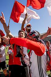14-05-2017 NED: Kampioenswedstrijd Feyenoord - Heracles Almelo, Rotterdam<br /> In een uitverkochte Kuip pakt Feyenoord met een 3-1 overwinning het landskampioenschap / Tonny Vilhena #10, Eric Botteghin #33, Bilal Basacıkoglu #14