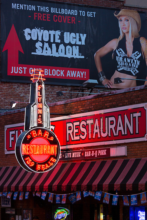 Diners, music venues in legendary Beale Street entertainment district famous for Rock and Roll and Blues, Memphis, Tennessee USA
