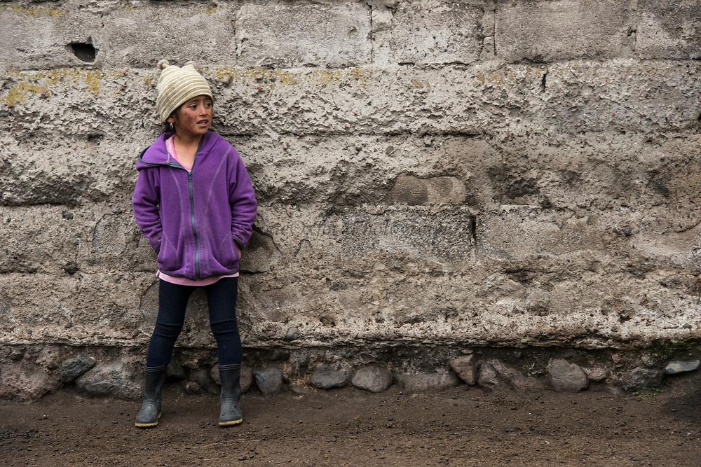 India child Melany Jaya<br /> Pulingue San Pablo community<br /> Chimborazo Province<br /> Andes<br /> ECUADOR, South America