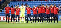 Fotball<br /> Treningskamp / Private Game<br /> Norge v Tsjekkia<br /> Norway v Czech Republic<br /> 10.08.2011<br /> Foto: Morten Olsen, Digitalsport<br /> <br /> Norwegian team<br /> One minute silence before the match in respect for the terror  offers in Norway last month