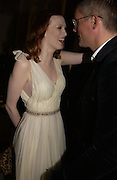 Karen Elson and Giles Deacon. British Fashion awards 2005. V. & A. Museum. Cromwell Rd. London.   10  November 2005 . ONE TIME USE ONLY - DO NOT ARCHIVE © Copyright Photograph by Dafydd Jones 66 Stockwell Park Rd. London SW9 0DA Tel 020 7733 0108 www.dafjones.com