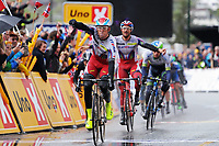 Sykkel<br /> Tour des Fjords 2015<br /> Foto: imago/Digitalsport<br /> NORWAY ONLY<br /> <br /> Alexander KRISTOFF ( NOR / Katusha Team ) gewinnt die erste Etappe der Tour des Fjords 2015 im Massensprint vor seinem Teamkollegen Marco HALLER ( AUT / Katusha Team ) - Aktion - Rennszene - Querformat - quer - horizontal - Event / Veranstaltung: Tour des Fjords - Fjord Rundfahrt 2015 - Stage 1 / 1.Etappe: Bergen nach Norheimsund 177.0 km - Location / Ort: Norheimsund - Norway - Norwegen - Europe - Europa - Date / Datum: 27.05.2015