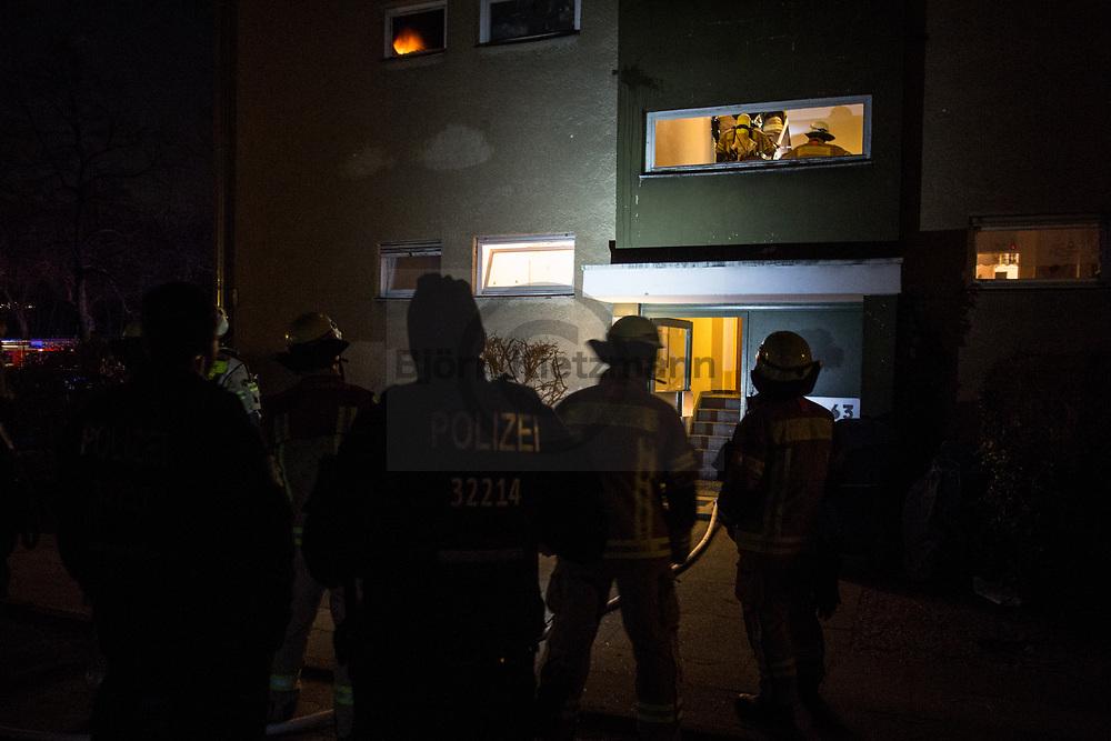Berlin, Germany - 16.03.2019 <br /> <br /> Apartment fire in Berlin-Gesundbrunnen. Around midnight, a bathroom in an apartment building was on fire in Gartenstrasse.<br /> <br /> Wohnungsbrand in Berlin-Gesundbrunnen. Gegen Mitternacht brannte in der Gartenstrasse eine Badezimmer in einem Mehrfamilienhaus.<br /> <br /> Photo: Bjoern Kietzmann