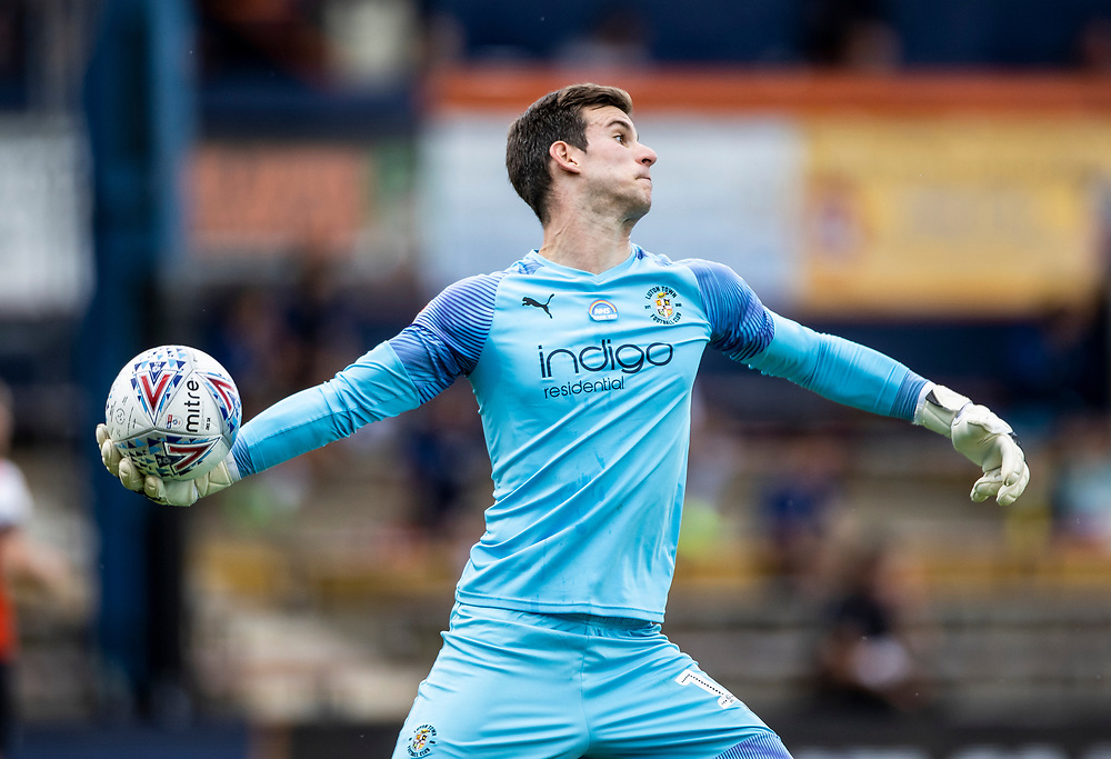 Luton Town's goalkeeper Simon Sluga throws the ball into play<br /> <br /> Photographer Andrew Kearns/CameraSport<br /> <br /> The EFL Sky Bet Championship - Luton Town v Preston North End - Saturday 20th June 2020 - Kenilworth Road - Luton<br /> <br /> World Copyright © 2020 CameraSport. All rights reserved. 43 Linden Ave. Countesthorpe. Leicester. England. LE8 5PG - Tel: +44 (0) 116 277 4147 - admin@camerasport.com - www.camerasport.com