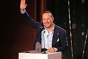 Dankesrede von Claudio Zuccolini, Gewinner des Publikumspreises sowie des Awards in der Kategorie «Solo». Verleihung der Swiss Comedy Awards am 20. September 2020 im Bernhard Theater Zürich.