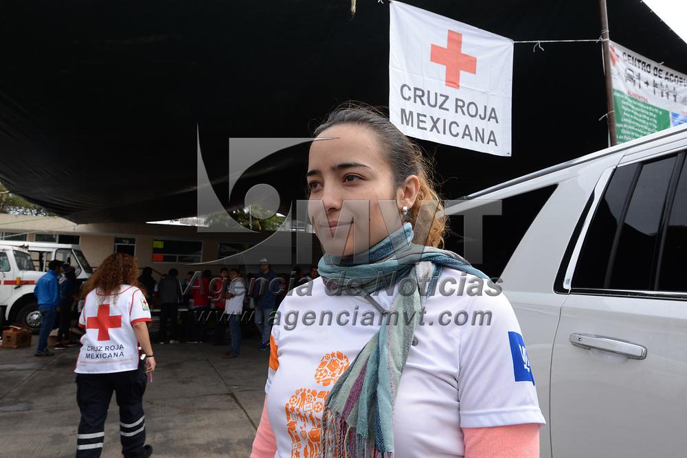 TOLUCA, México.- (Septiembre 22, 2017).- Andrea Zepeda Santoyo, entrego donación a nombre de 1500 empleados de General Motors Toluca al centro de acopio instalado en Cruz Roja Delegación Toluca a favor de los damnificados por el sismo del 19 de septiembre. Agencia MVT / Crisanta Espinosa.