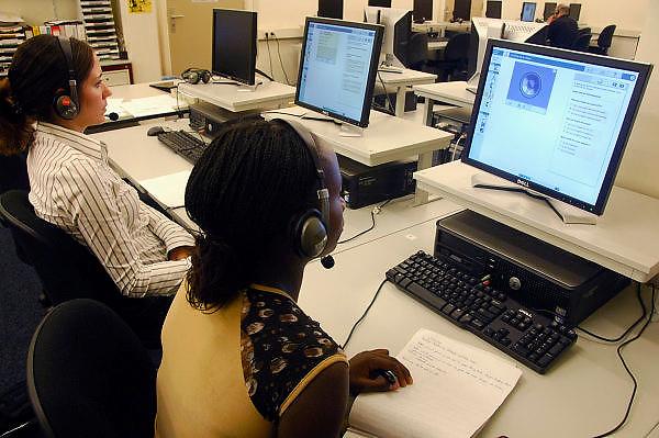 Nederland, Nijmegen, 13-9-2006Bij het ROC leren nieuwe nederlanders, allochtonen,het voor de inburgering verplichte Nederlands.Foto: Flip Franssen/Hollandse Hoogte