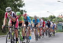 03.07.2017, Wien, AUT, Ö-Tour, Österreich Radrundfahrt 2017, 1. Etappe von Graz nach Wien (193,9 km), im Bild v.l. Riccardo Zoidl (AUT, Team Felbermayr Simplon Wels) im Feld // v.l. Riccardo Zoidl (AUT, Team Felbermayr Simplon Wels) im Feld during the 1st stage from Graz to Vienna (193,9 km) of 2017 Tour of Austria. Wien, Austria on 2017/07/03. EXPA Pictures © 2017, PhotoCredit: EXPA/ Reinhard Eisenbauer