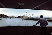 Il relitto della Costa Concordia durante le operazioni di rotazione.  Isola del Giglio, 16 settembre 2013. Christian Mantuano / OneShot