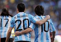 Fotball<br /> VM 2010<br /> 17.06.2010<br /> Argentina v Sør Korea<br /> Foto: Witters/Digitalsport<br /> NORWAY ONLY<br /> <br /> Jubel Maxi Rodriguez, Lionel Messi (Argentien)<br /> Fussball WM 2010 in Suedafrika, Vorrunde, Argentinien - Suedkorea