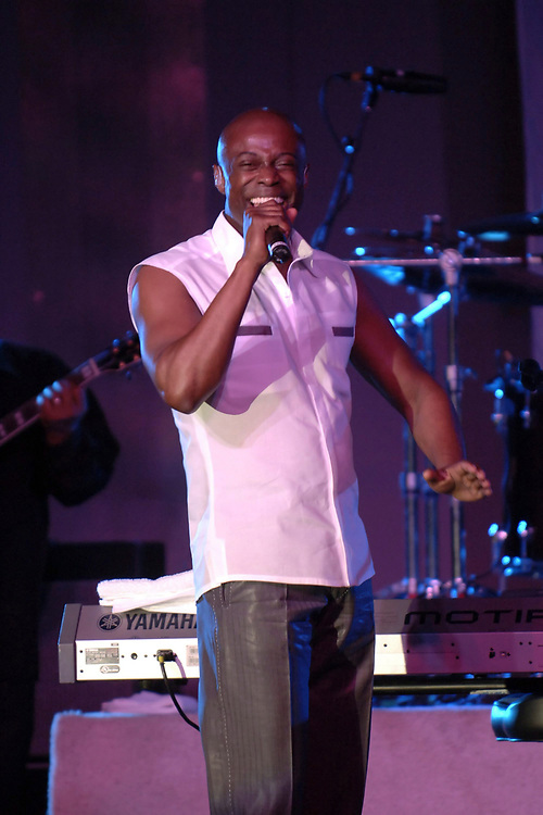 Austin, TX March 21, 2006: R&B crooner KEM sings his latest hits for a sold-out show in Austin, TX. In May, 2005. ©Bob Daemmrich