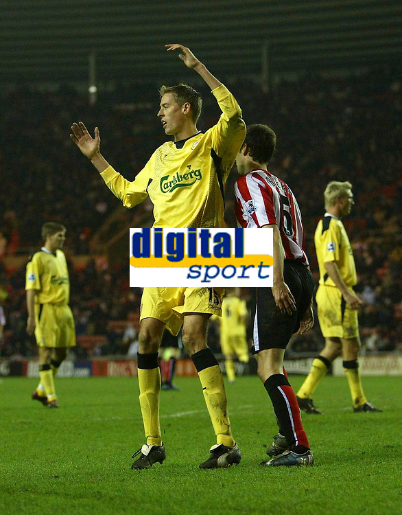 Photo: Andrew Unwin.<br /> Sunderland v Liverpool. The Barclays Premiership.<br /> 30/11/2005.<br /> Liverpool's Peter Crouch rues a missed opportunity for his team.