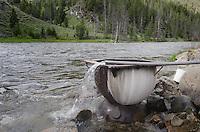 Elkhorn (Boat Box) Hot Spring along the Salmon River Idaho