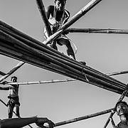 Rohingyas refugees are building a mosque in Twangkhali camp. Since the end of august 2017, the beginning of the crisis, more than 600,000 Rohingyas have fled Myanmar to seek refuge in Bangladesh. Cox's Bazar - 3 november 2017.<br /> Des réfugiés Rohingyas construisent une mosquée dans le Camp de Twangkhali. Depuis le début de la crise, fin août 2017, plus de 600000 Rohingyas ont fuit la Birmanie pour trouver refuge au Bangladesh. Cox's Bazar le 3 novembre 2017.
