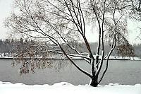 New snow along Wascana Lake, but lake is still open, Wascana Centre Regina