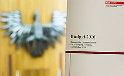 15.10.2015, Parlament, Wien, AUT, Parlament, Nationalratssitzung, Sitzung des Nationalrates mit Generaldebatte über das Bundesfinanzgesetz 2016, im Bild Feature Budget 2016 vor Bundesadler im Plenarsaal // during meeting of the National Council of austria according to government budget at austrian parliament in Vienna, Austria on 2015/10/15, EXPA Pictures © 2015, PhotoCredit: EXPA/ Michael Gruber