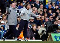 Photo: Richard Lane.Digitalsport<br /> Birmingham City v Leicester City. FA Barclaycard Premiership. 13/03/2004.<br /> Leicester manager, Micky Adams gets behind his team.