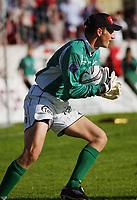 Keeper Terje Skjeldestad, Sogndal. Tippeligaen 2004. Fredrikstad - Sogndal 3-3. 16. mai 2004. (Foto: Peter Tubaas/Digitalsport).