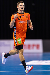 11-04-2019 NED: Netherlands - Slovenia, Almere<br /> Third match 2020 men European Championship Qualifiers in Topsportcentrum in Almere. Slovenia win 26-27 / Kay Smits #21 of Netherlands