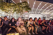 Singapore, watching the the night show at Marina Bay