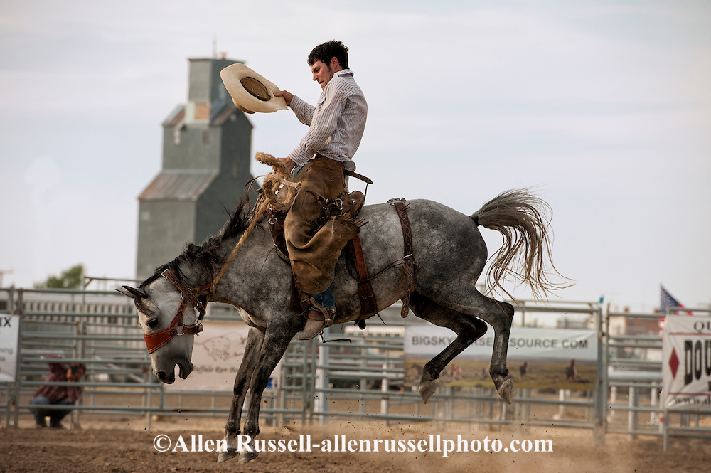 Will James Roundup, Ranch Rodeo, Ranch Bronc Riding, Craig McKenzie, Hardin, Montana