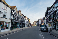 stratford upon avon wakes to fight the up to first day of police-enforced lockdown to try to fight the  coronavirus