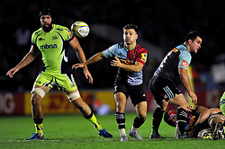 Danny Care of Harlequins passes the ball - Mandatory byline: Patrick Khachfe/JMP - 07966 386802 - 06/11/2015 - RUGBY UNION - The Twickenham Stoop - London, England - Harlequins v Sale Sharks - Aviva Premiership.