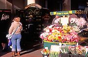 A3A9K6 Flower  market stall Suffolk England