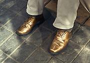 Los zapatos de oro