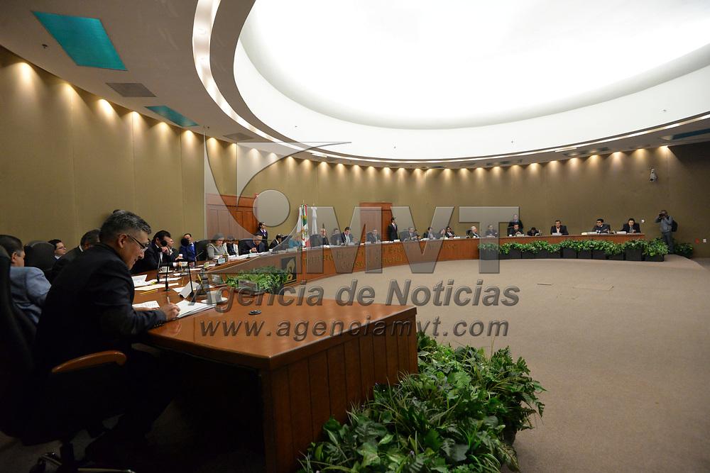 Toluca, México (Enero 19, 2018).- Aspectos general de la Sesión del Consejo Genera del Instituto Electoral del Estado de México.  Agencia MVT / Crisanta Espinosa.