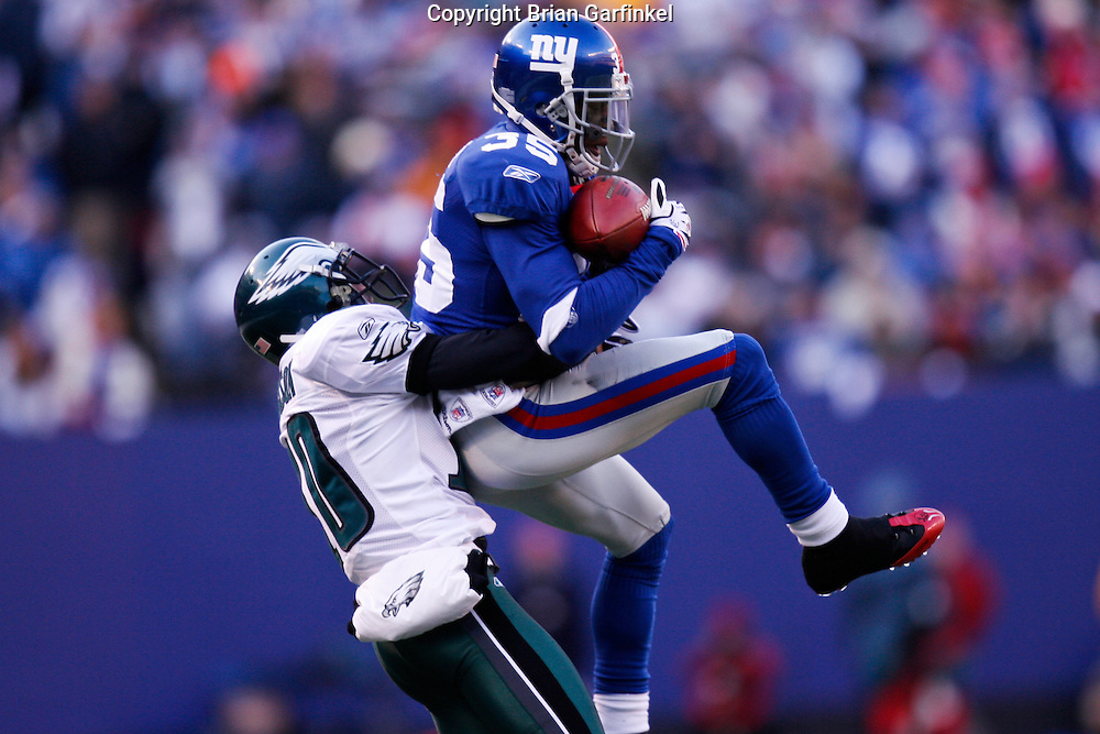 11 Jan 2009: New York Giants cornerback Kevin Dockery #35 intercepts a pass intended for Philadelphia Eagles wide receiver DeSean Jackson #10 during the game against the Philadelphia Eagles on January 11th, 2009.  The  Eagles won 23-11 at Giants Stadium in East Rutherford, New Jersey.