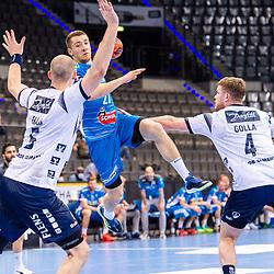 Jerome Mueller (TVB Stuttgart #27) ; Simon Hald Jensen (SG Flensburg-Handewitt #5) ; Johannes Golla (SG Flensburg-Handewitt #4) ; LIQUI MOLY HBL / 1. Handball-Bundesliga: TVB Stuttgart - SG Flensburg-Handewitt am 09.06.2021 in Stuttgart (PORSCHE Arena), Baden-Wuerttemberg, Deutschland<br /> <br /> Foto © PIX-Sportfotos *** Foto ist honorarpflichtig! *** Auf Anfrage in hoeherer Qualitaet/Aufloesung. Belegexemplar erbeten. Veroeffentlichung ausschliesslich fuer journalistisch-publizistische Zwecke. For editorial use only.