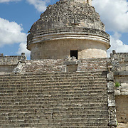 El caracol temple at Chichen Itza. Yucatan, Mexico.