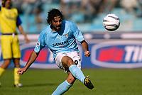 Roma 15 Settembre 2002<br />Lazio - Chievo 2-3<br />Il centrocampista della Lazio Stefano Fiore