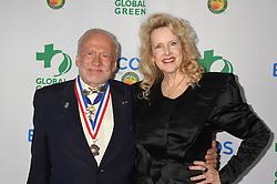 Buzz Aldrin; Leith Eaton bei den Global Green Environmental Awards in Los Angeles / 290916<br /> <br /> ***Global Green Environmental Awards in Los Angeles, Sept. 29th, 2016.***