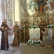 Sacro Monte di Orta Cappella IX: la vestizione di Santa Chiara consacrata nella chiesetta della Porziuncola. Diventerà così la madre delle Clarisse. ..Sacred Mount of Orta Chapel IX: vestition of Santa Chiara. She Will be the mother of Clarisse