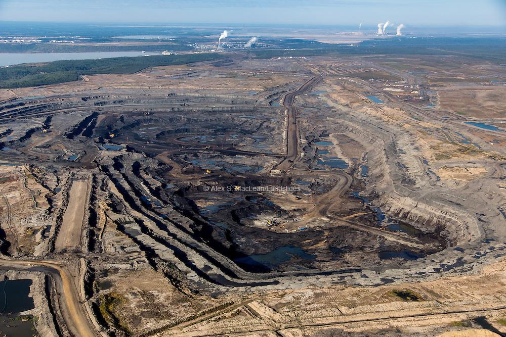 Open pit Suncor mine in northern Alberta