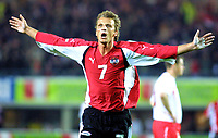 ◊Copyright:<br />GEPA pictures<br />◊Photographer:<br />Helmut Fohringer<br />◊Name:<br />Schopp<br />◊Rubric:<br />Sport<br />◊Type:<br />Fussball<br />◊Event:<br />OEFB, WM Qualifikation, Laenderspiel, Oesterreich vs Polen, AUT vs POL<br />◊Site:<br />Wien, Austria<br />◊Date:<br />09/10/04<br />◊Description:<br />Markus Schopp (AUT)<br />◊Archive:<br />DCSFH-091004507<br />◊RegDate:<br />09.10.2004<br />◊Note:<br />8 MB - BK/WU