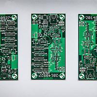 """Nederland, Haarlem, 4 maart 2016.<br /> Oprichter André Kapitein van smartsensors.me en een collega aan het werk in hun laboratorium waar ze slimme sensors ontwillelen voor allerlei toepassingen.<br /> Op de foto: enkele printplaatjes die ge gebruikt worden voor een smartsensor<br /> <br /> """"Smartsensors.me maakt slimme sensoren, waarmee je op afstand data kan verzamelen over vrijwel<br /> alles. Van bijvoorbeeld het monitoren van de luchtkwaliteit rondom je gebouw op je iPhone, tot het<br /> automatisch detecteren van gevallen ouderen in hun woning. Doordat we alles zelf op maat maken is<br /> alles mogelijk, en omdat we alles bouwen vanaf een basisplatform zijn de kosten laag en de looptijden<br /> kort."""" Bron: smartsensors.me<br /> <br /> Smartsensors.me makes smart sensors, which lets you remotely collect data on virtually everything. For example, monitoring the air quality around you building on your iPhone and much more. Innovation award winner. <br /> Source: smartsensors.me<br /> <br /> Foto: Jean-Pierre Jans"""