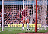 Stuart Pearce (West Ham) picks the ball out of the net. West Ham United 1:2 Arsenal. FA Premiership, 21/10/2000. Credit: Colorsport.