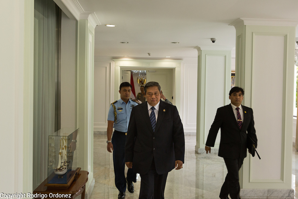 The President of Indonesia, Susilo Bambang Yudhoyono, walks out of his office at the Presidential Palace in Central Jakarta, Indonesia, to give an interview. <br /> Harrison Ford visited Indonesia to learn more about deforestation, as one of the correspondents for Showtime's new documentary series about climate change Years of Living Dangerously.