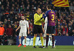 February 6, 2019 - Barcelona, BARCELONA, Spain - Pique of Barcelona and referee in action during Spanish King championship, football match between Barcelona and Real Madrid, February 06th, in Camp Nou Stadium in Barcelona, Spain. (Credit Image: © AFP7 via ZUMA Wire)