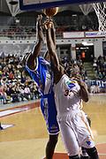 DESCRIZIONE : Roma Lega serie A 2013/14 Acea Virtus Roma Banco Di Sardegna Sassari<br /> GIOCATORE : Trevor Mbakwe<br /> CATEGORIA : rimbalzo<br /> SQUADRA : Acea Virtus Roma<br /> EVENTO : Campionato Lega Serie A 2013-2014<br /> GARA : Acea Virtus Roma Banco Di Sardegna Sassari<br /> DATA : 22/12/2013<br /> SPORT : Pallacanestro<br /> AUTORE : Agenzia Ciamillo-Castoria/ManoloGreco<br /> Galleria : Lega Seria A 2013-2014<br /> Fotonotizia : Roma Lega serie A 2013/14 Acea Virtus Roma Banco Di Sardegna Sassari<br /> Predefinita :