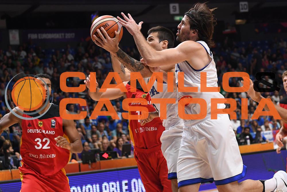 Andrea Cinciarini, Ariel Filloy<br /> Nazionale Italiana Maschile Senior<br /> Eurobasket 2017 - Group Phase<br /> Italia Germania Italy Germany<br /> FIP 2017<br /> Tel Aviv, 05/09/2017<br /> Foto M.Ceretti / Ciamillo - Castoria