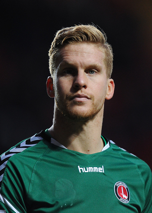 Charlton Athletic's Ben Amos<br /> <br /> Photographer Ashley Western/CameraSport<br /> <br /> The EFL Sky Bet League One - Charlton Athletic v Blackpool - Saturday 23rd December 2017 - The Valley - London<br /> <br /> World Copyright © 2017 CameraSport. All rights reserved. 43 Linden Ave. Countesthorpe. Leicester. England. LE8 5PG - Tel: +44 (0) 116 277 4147 - admin@camerasport.com - www.camerasport.com
