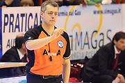 DESCRIZIONE : Pistoia Lega serie A 2013/14  Giorgio Tesi Group Pistoia Pesaro<br /> GIOCATORE : arbitro<br /> CATEGORIA : mani <br /> SQUADRA : Giorgio Tesi Group Pistoia<br /> EVENTO : Campionato Lega Serie A 2013-2014<br /> GARA : Giorgio Tesi Group Pistoia Pesaro Basket<br /> DATA : 24/11/2013<br /> SPORT : Pallacanestro<br /> AUTORE : Agenzia Ciamillo-Castoria/M.Greco<br /> Galleria : Lega Seria A 2013-2014<br /> Fotonotizia : Pistoia  Lega serie A 2013/14 Giorgio  Tesi Group Pistoia Pesaro Basket<br /> Predefinita :